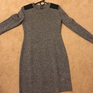 Gap sweater dress size small